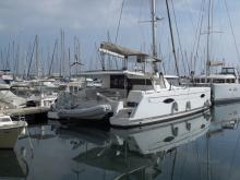 Helia 44  : In marina
